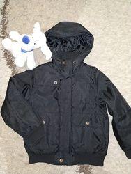 Демисезонная куртка Next на 8 лет, рост 128 см.