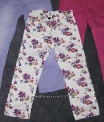 Джинсы, брюки  Next, HM для девочек в наличии.