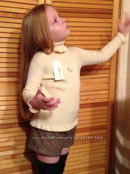 Тёплый гольф свитер с рюшами вязаный 3-7лет в наличии