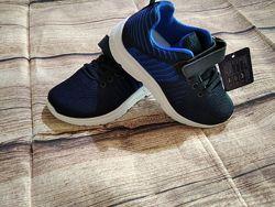 Качественные кроссовки 31-36 р-ры. Легкие, удобные, аккуратные.