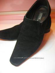 Замшевые туфли, безумно красивые 40 размер, прекрасно для школы