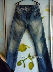 Продам джинсы на высокого мужчину