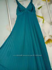 Продам шикарное зеленое платье