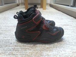 Деми  ботинки Geox, размер 24 в хорошем состоянии