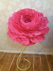Ростовые цветы интерьерные из гофробумаги