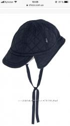 Стильная шапочка Chicco с козырьком на 12-15 мес. 48 см
