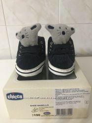Первая фирменная обувь для малыша Chicco р. 19, дл12см