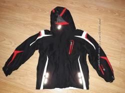 Лыжная куртка.  Рост 128 см.