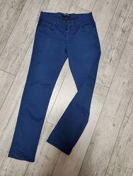 Джинсы штаны  фирменные. Размер 12-14 лет.