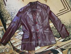 Кожаный пиджак р. S