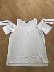 Блуза- футболка Next с открытыми плечами