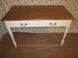 Красивый стол в стиле прованс, шебби. Натуральное дерево