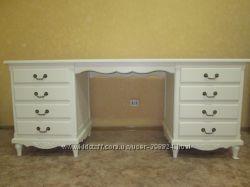 Красивый большой письменный стол в стиле прованс, кантри