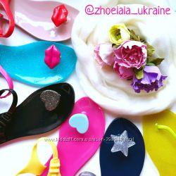 Яскраві сандалі Zhoelala з Тайланду