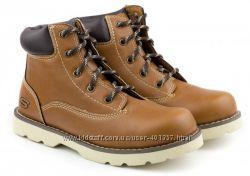 Skechers. Ботинки на шнурках. Размер 32