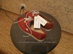 Очень классные кожаные туфли- макасины