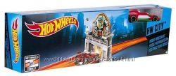 Hot Wheels  Хот Вилс  игрушки. Трасса, Робот-крушитель DNN78 DNN77