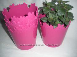 Продам вазон Лютик 13 см. , новый