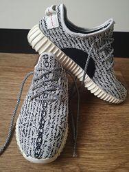 Кроссовки Adidas YEEZY BOOST 350 , р. 40, стелька 26 см.