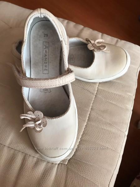 Красивые туфли Франция ANDRE кожа, на 28-29р.