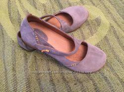 Clarks туфли стильные р. 38 Стелька 25 см