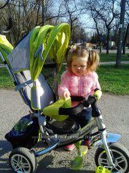 Трехколесный велосипед с ручкой Azimut Lamborgini зеленый с серым