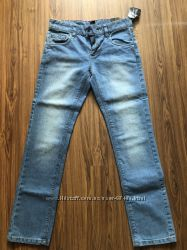 Крутые джинсы С&А 152 красные и голубые