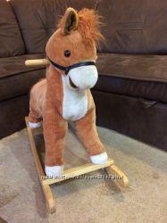 Лошадь-качалка музыкальная