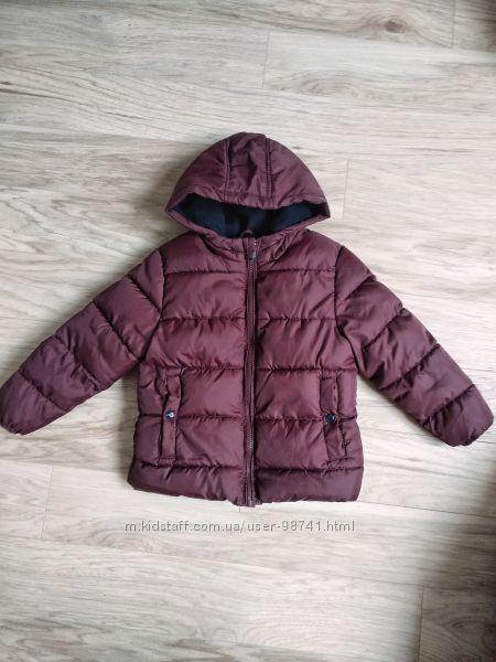 Куртка бордовая на мальчика Kiabi на 4-5 лет