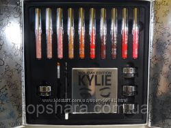 Набор для макияжа помада и тени Kylie Holiday Edition Big Box