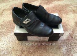 Классические туфли B&G для школьника 32-33 р.