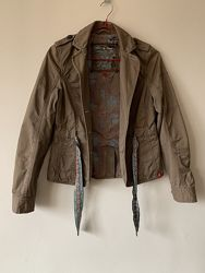 Стильный пиджак Esprit на 12-13 лет