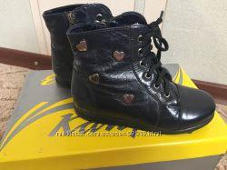 Демисезонные кожаные ботинки Каприз р. 29