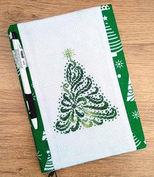 Блокнот с вышитой новогодней елкой. Двусторонняя обложка.
