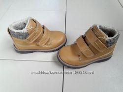 Стильные ботинки утепленные