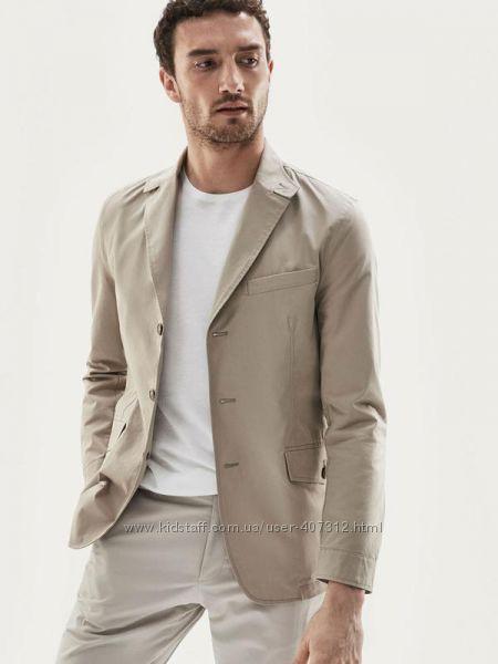 Пиджак в стиле casual от  Massimo Dutti.