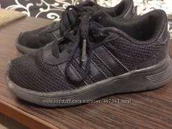 Кросівки adidas 28 розмір