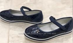 В состоянии новых туфельки на девочку р-р 35 стелька кожа, супинатор