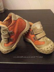 Демисезонные ботинки melania