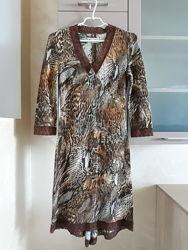 Платье с гипюром кружевом 36размер наш 42-44