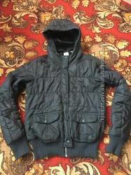 Куртка деми Adidas оригинал S разм черная