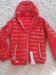 Куртка женская осень-весна 42-44р металик крассный