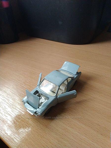 Масштабная модель автомобиля fiat-siata 1500 143
