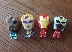 Кіндери із серії Супер герої 4 штуки