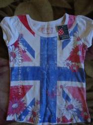 новая футболка с английским флагом на 110 см.