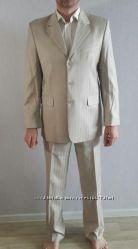 костюм нарядный 50 р