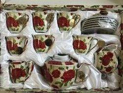 Набор посуды, чайный сервиз 15 предметов, чайник, молочник, сахарница