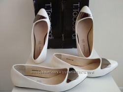 Туфли 38 р. , 2 пары, идеальное состояние