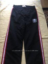 Новые спортивные брюки Old Navy.  на 14-16 лет