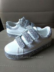Кеды . кроссовки для девочек 29 р